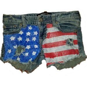 ❤️{3/$25} Express Patriotic American Flag Shorts